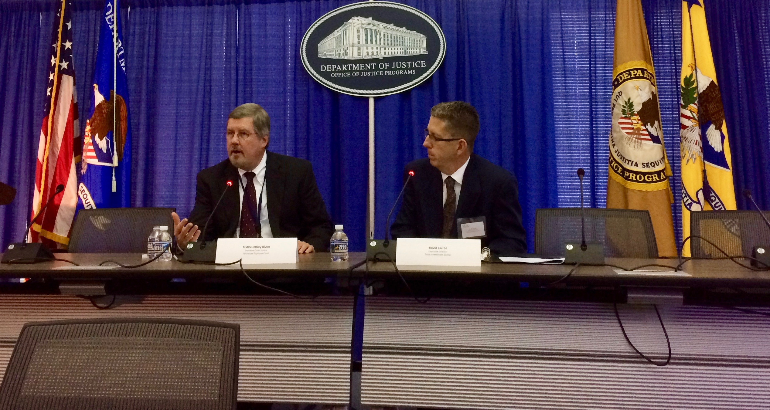 David Carroll (right) interviews Tennessee Set Chief Justice Bivens (left) at R2C 3rd annual meeting